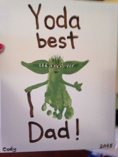 The Homemade Haven loves this Yoda best Dad Father's Day footprint art