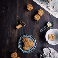 #vscocam yay mooncakes!! The only thing I love more about fall than PSLs. They're up #ontheblog and on @stellerstories (my newest obsession ) today!!