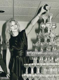 Photo d'actualité : Singer Sylvie Vartan attends Musical Debut...