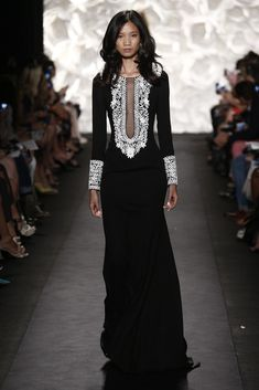 Naeem Khan RTW Spring 2015 - Slideshow - Runway, Fashion Week, Fashion Shows, Reviews and Fashion Images - WWD.com