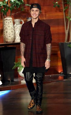 """Justin Bieber Is Trying to Be a Better Person: """"I Did a Lot of Things Over the Past Few Years That I'm Not Proud Of""""  Justin Bieber, Ellen DeGeneres"""
