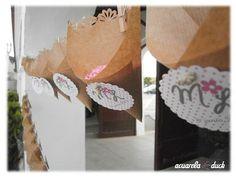 Cucuruchos de arroz colgados #ideas #boda #decoracion #arroz #cucurucho #rosa