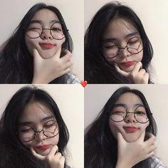 Tips To Bring Out Your Natural Beauty Ulzzang Korean Girl, Ulzzang Couple, Ulzzang Girl Selca, Ulzzang Style, Korean Aesthetic, Aesthetic Girl, Selfie Poses, Selfies, Korean Photo