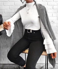 52 Gorgeous Winter Outfits Ideas for Women - Herren- und Damenmode - Kleidung Mode Outfits, Trendy Outfits, Fashion Outfits, Womens Fashion, Fashion Clothes, Ladies Fashion, Dress Fashion, 6th Form Outfits, Dressy Fall Outfits