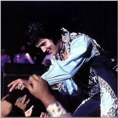 202 Les inédits d'Elvis Presley by JMD, SPECIAL CONCERTS ANNEE ...