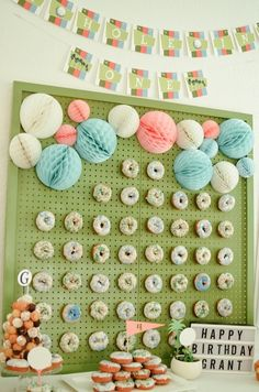 Palm Springs Inspired Retro Golf Party - Birthday Party Ideas for Kids and Adults Palm Springs, Golf Party Decorations, Boys First Birthday Party Ideas, Golf Theme, Donut Party, Retro, First Birthdays, Girl Parties, Gold Medallion