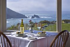 Albion River Inn offers a world class oceanfront wine & dine experience. Our menu changes seasonally and reflects the rich local bounty of fresh seafood, wild mushrooms, and produce.