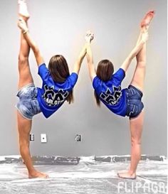 Cheer pics i heart cheer чирлидинг, фотографии Cheer Athletics, Cheer Stunts, Cheer Dance, Cheerleading, Cheer Picture Poses, Cheer Poses, Picture Ideas, Bffs, Cheer Stretches
