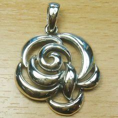 Plain 925 Sterling Silver Rose Flower Pendant