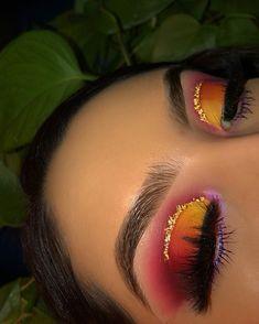 Yellow orange and purple half cut crease with gold eyeliner Makeup Eye Looks, Creative Makeup Looks, Cute Makeup, Glam Makeup, Pretty Makeup, Skin Makeup, Makeup Inspo, Eyeshadow Makeup, Eyeshadows