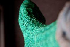 Crocodylia Socks - a free pattern!