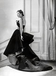 'Shanghai Blue' dress by Christian Dior, A/W 1948. Photo by Willie Maywald for Elle magazine.
