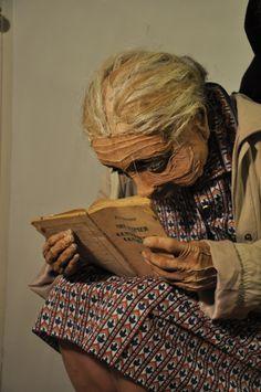 « PAQUITA » Marionnette portée echelle 1. Mousse , lycra et latex Réalisé pour le spectacle « Spanish circus » mis en scène par Laura fernàndez[gallery t…