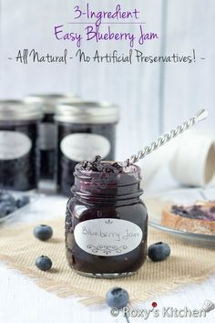 Easy 3-Ingredient Blueberry Jam | Roxy's Kitchen No food preservatives, pectin or any other artificial flavors & colors are needed! #preserving #canning #blueberries