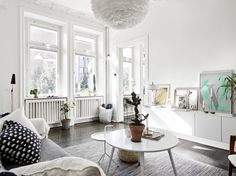 Scandinavisch wonen op 80 vierkante meter mét walk-in closet - Roomed | roomed.nl