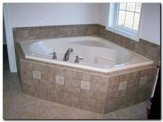 idea for tiling around a tub