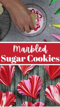 These marbled sugar cookies are soft, chewy and totally stunning! Learn how to decorate them with a simple yet gorgeous marbled icing. Best Sugar Cookie Icing, No Bake Sugar Cookies, Royal Icing Cookies, Valentines Sugar Cookies Recipe, Simple Sugar Cookies, Cupcakes, Cupcake Cookies, Biscuit Decoration, Basic Butter Cookies Recipe