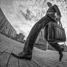 Willem Jonkers: The Fisheye Master Of Street Photography Street Photography Tips, Urban Photography, White Photography, Photography Poses, Fish Eye Photography, Grunge Photography, Minimalist Photography, Color Photography, Newborn Photography