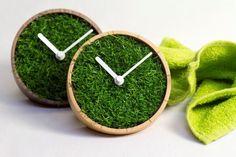 Grass Clock