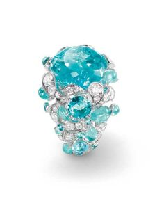 Chaumet also turned to Africa for its latest Lumières d'Eau high jewelry collection, which sets droplets of electric-blue, Paraiba-like tourmalines off against splashes of diamonds and a large, square-cut aquamarine. High Jewelry, Luxury Jewelry, Jewelry Rings, Jewellery, Tourmaline Jewelry, Gemstone Jewelry, Pierre Turquoise, Chaumet, Bling