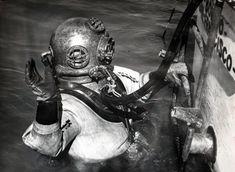 DivingHeritage - the worlds largest virtual diving helmet museum