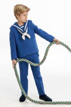 One Varon Beautiful Children, Cute Boys, Sailor, Ideias Fashion, Graphic Sweatshirt, Kawaii, Sweatshirts, Ideas Para, Sweaters