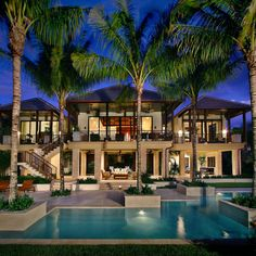 Captiva House Tropical Exterior with pool, palms and a spacious outdoor area. Ideal for luxury living! Villa Design, Home Design, Design Ideas, Design Inspiration, Houses Architecture, Architecture Design, Style At Home, Conception Villa, Mansion Homes