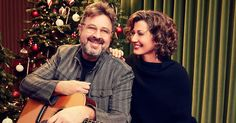 Vince Gill And Amy Grant Are Already Looking Ahead To Christmas By Announcing 12 Christmas Shows For 2018