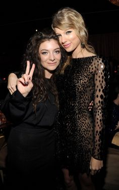 Taylor and Lorde last night at the pre Grammy party