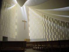 Miguel Fisac, Iglesia Gaviota by ekainj, via Flickr