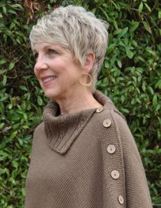 Ravelry: Miriam Carole Poncho pattern by Ronnie Eldridge Short Grey Hair, Short Hair With Layers, Short Hair Cuts For Women, Short Hair Styles, Short Cuts, Cute Haircuts, Girl Haircuts, Short Sassy Haircuts, Modern Haircuts