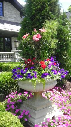 1000 images about urn and planter ideas on pinterest - Flower box ideas for summer ...