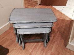 Annie Sloan shabby chic in Louis blue and dark waxed