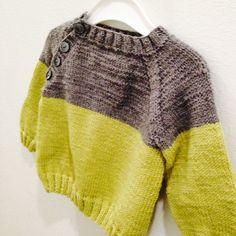 DIY knitted two tone baby sweater lime green gray /by essulainen
