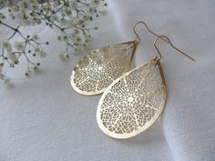 Goldene große Ohrringe // golden big earrings by Emilys Choice via DaWanda.com