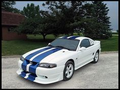 T11 1995 Ford Mustang GT Coupe  Photo 1