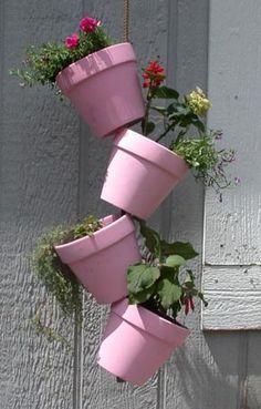 Hanging Tipsy Pots Garden garden gardening planters garden decor small garden ideas diy gardening garden ideas garden art diy garden creative gardening ideas