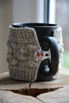 Bobble Coffee Mug Cozy / Natural Wool Mug Warmer with bobbles, Hand knitted, Grey natural cup sleeve, Mug warmer, Tea cozy, Owl buttons. Ready