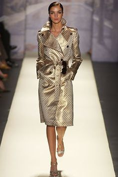 Oscar de la Renta Spring 2003 Ready-to-Wear Collection Photos - Vogue