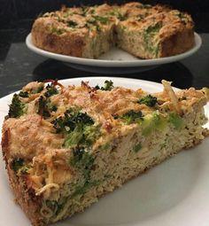 Hoje você vai aprender a preparar essa deliciosa Receita de Torta low carb de Frango com Brócolis, a melhor que você já viu ou experimentou, na versão LOW C