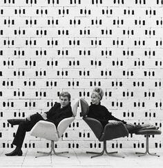 Vintage seating. Vintage & retro chairs. Original classics. Urban office