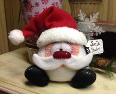 sweet santa usa epattern by ilmondodellenuvole on etsy - PIPicStats Christmas Makes, Felt Christmas, Christmas Projects, Christmas Stockings, Santa Crafts, Felt Crafts, Holiday Crafts, Christmas Angel Decorations, Xmas Ornaments