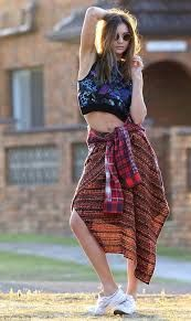 Image result for boho chic shoots Fashion Week Paris, Fall Fashion Trends, Fashion Show, Autumn Fashion, 30 Outfits, Fall Outfits, Fashion Outfits, Paris Mode, Cute Winter Outfits