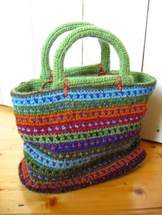 "I love the dotted stripes in Irene Lundgaard's ""Happy Handbag"" - Tapestry Crochet"