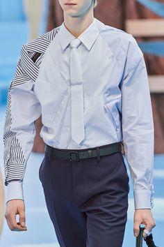 Louis Vuitton Fall 2020 Menswear Fashion Show - Vogue India Fashion Men, Womens Fashion For Work, Outfits Casual, Mode Outfits, Couture Fashion, Fashion Show, Fashion Design, Formal Shirts For Men, Custom Clothes