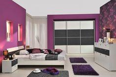 Dormitorio en color violeta