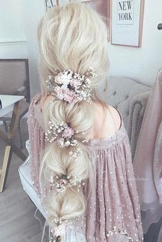 30 Enchanting Bridal Hair Accessories To Inspire Your Hairstyle - Frisuren - braut haarschmuck Flower Crown Hairstyle, Crown Hairstyles, Curled Hairstyles, Pretty Hairstyles, Updos Hairstyle, Simple Hairstyles, Straight Hairstyles, Pixie Hairstyles, Dyed Hair