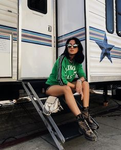 Shop the Look from tania sarin on ShopStyleShop the look from taniasarin on ShopStyle Kardashian, Foto Casual, Instagram Pose, Insta Pictures, Urban Street Style, Photos Tumblr, Oliver Peoples, Urban Photography, Opening Ceremony