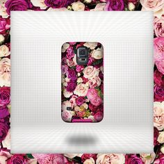 Dress your smartphone in its best attire with this beautiful kate spade new york Photographic Rose print case. Not only will your phone be ahead of the fashion game, but it will also be protected from dust, scratches or whatever else your day has in store. #fashion