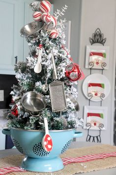 Kitchen christmas tree in a colander farmhouse christmas kitchen, farmhouse christmas ornaments diy, christmas Rustic Christmas Ornaments, Decoration Christmas, Small Christmas Trees, Farmhouse Christmas Decor, Noel Christmas, Merry Little Christmas, Xmas Decorations, Christmas Projects, Winter Christmas
